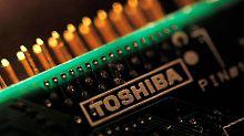 Mega-Deal auf Druck der Banken: Toshiba wird seine Chipsparte los