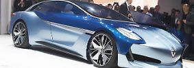 ... als Eyecatcher das rein elektrisch angetriebene Luxuscoupé Isabella Concept.