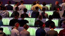Zocker, Vorbehalte und Millionen: Der zähe Triumphzug des E-Fußballs