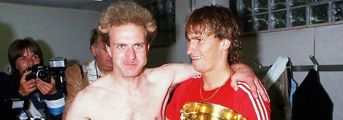 Pokalsieger 1984: Klaus Augenthaler. Aber wer ist der Mann links?