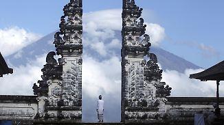 Was können Reisende tun?: Vulkanausbruch droht im Urlaubsparadies Bali