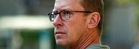 Mark Johnson soll als HSBC-Trader Währungskurse manipuliert haben. Nun steht er als erster Banker im Devisenskandal vor Gericht.