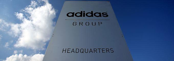 Bei Adidas werden nun Informationen gesammelt.