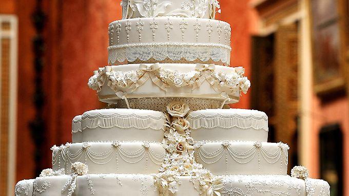 Der Tag St 252 Ck Hochzeitstorte Von William Und Kate