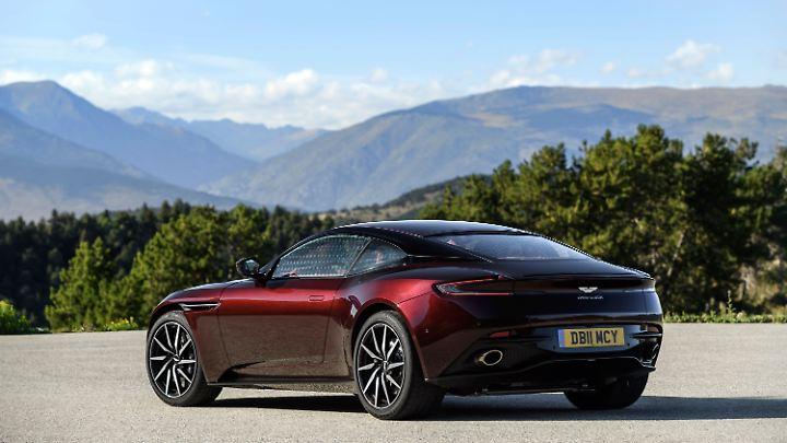 Das Blechkleid des Aston Martin DB11 ist atemberaubend schön.