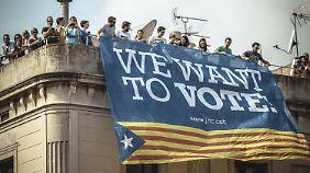 Streit um Katalonien-Referendum: Tausende demonstrieren für freie Wahlen