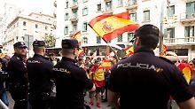 Showdown in Katalonien: Polizei blockiert Schulen und Wahl-Software