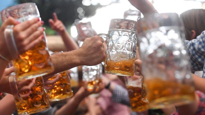 Sieben Millionen Maß Bier wurden ausgeschenkt - und mitunter für Schlägereien benutzt.