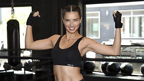 "Promi-News des Tages: Adriana Lima boxt sich in ""Victoria's Secret""-Form"