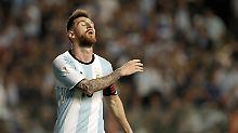 Entscheidung gegen Ecuador: Messis Argentinien spielt um letzte Chance