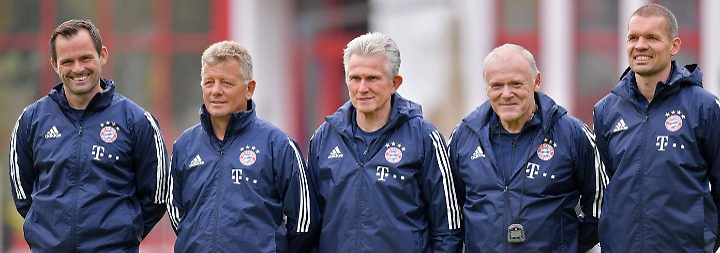 Trainer mit tierischer Unterstützung: Heynckes befriedet den FC Bayern schon am ersten Tag