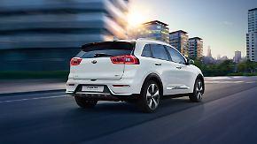 Dank des 6-Stufen-Doppelkupplungsgetriebes und der Wahl zwischen dem Fahrmodus Sport oder Eco bietet der Kia Niro Plug-in Hybrid dynamischen Fahrspaß am Wochenende genauso wie pure Effizienz auf dem täglichen Weg ins Büro.