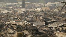 Apokalyptische Bilder aus Santa Rosa: In der rund 175.000 Einwohner zählenden Stadt wurde eine Ausgangssperre verhängt, um Plünderungen zu verhindern.