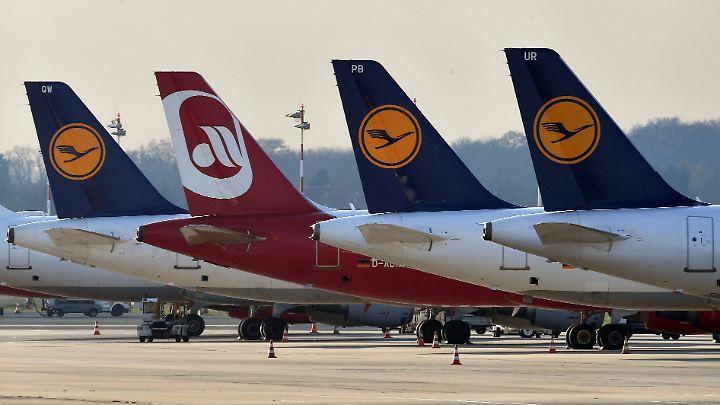 Lufthansa nimmt einen großen Teil der Air-Berlin-Flotte unter die Fittiche.