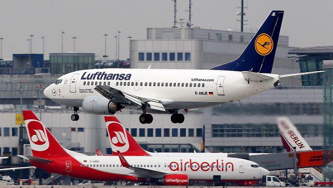 Landerechte und Teil der Flotte: Lufthansa krallt sich Air-Berlin-Teile.