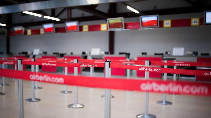 Nach Deal mit Lufthansa: Air-Berlin-Mitarbeiter blicken in ungewisse Zukunft