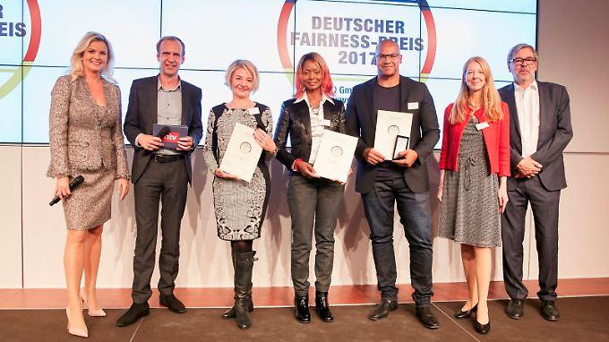 Deutscher Fairness-Preis verliehen: Bei diesen Unternehmen fühlen sich Kunden fair behandelt