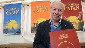 """Mit """"Die Siedler von Catan"""" hat Klaus Teuber einen Meilenstein der Spielewelt erschaffen."""