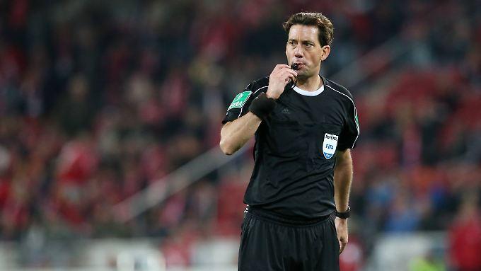 Manuel Gräfe hat in einem Zeitungsinterview eine Ausnahme gemacht - und sich gänzlich parteiisch zu den Chef-Schiedsrichtern geäußert.