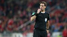 Schiedsrichter Manuel Gräfe hat in einem Zeitungsinterview eine Ausnahme gemacht - und sich gänzlich parteiisch zu den Chef-Schiedsrichtern geäußert.
