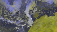 """Hurrikan im Nordost-Atlantik: """"Ophelia"""" wirbelt auf Irland zu"""