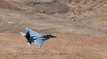 Der Tag: Israelische Jets bombardieren Ziele in Syrien