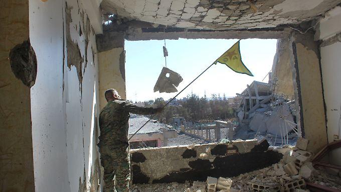 """Hauptstadt"" des IS: Militärallianz meldet Rückeroberung Rakkas"