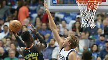 Nowitzki enttäuscht zum Auftakt: Schröder dominiert deutsches NBA-Duell