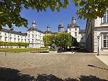 Herrschaftliche Anwesen: In Schlosshotels schläft es sich königlich