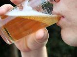 Ein Bier reicht: Alkohol hilft bei fremden Sprachen