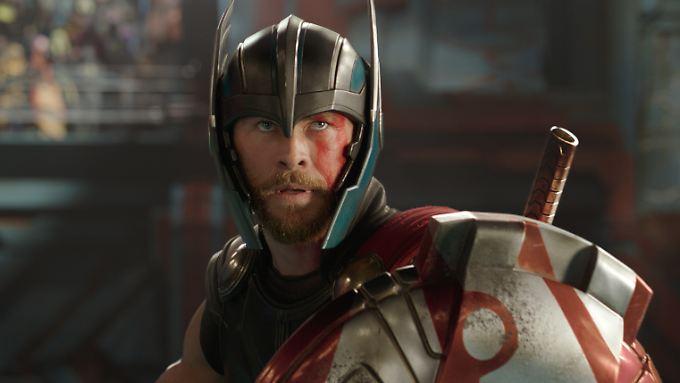 """Trifft zumindest in Sachen Humor den Nagel auf den Kopf: Chris Hemsworth in """"Thor: Tag der Entscheidung""""."""