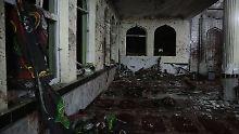 Doppelanschlag in Afghanistan: Attentäter ermorden 72 Moscheebesucher