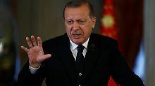 """Angespannte Beziehungen: Erdogan keilt gegen """"undemokratische"""" USA"""