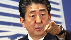 Abes neue Regierung könnte genug Abgeordnete zusammenbekommen, um Japans pazifistische Verfassung zu ändern.