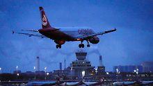 Die letzte Maschine von Air Berlin fliegt noch einmal von München nach Berlin.