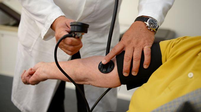 In Deutschland sind 20 bis 30 Millionen Menschen von Bluthochdruck betroffen.
