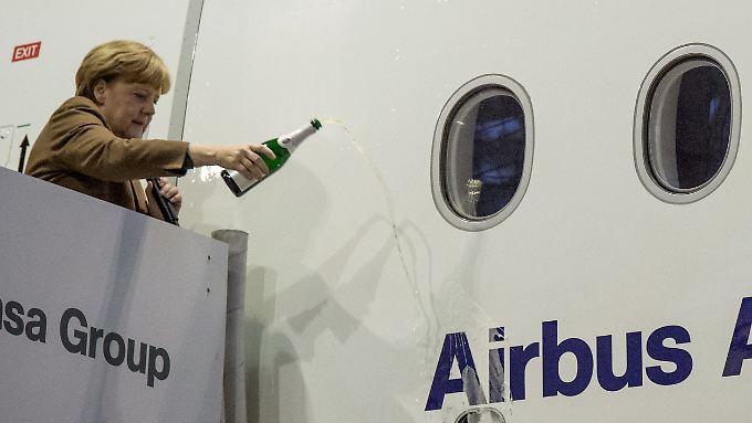 Läuft: Merkel will an der Unternehmensführung von Airbus derzeit nichts ändern.