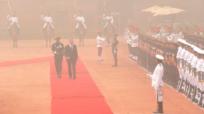 Bekam die schlechte Luft auf dem roten Teppich zu spüren: der belgische König Philippe (re.).