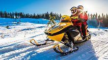 Im eisigen Norden Russlands: Mit dem Motorschlitten durch Kareliens Kälte