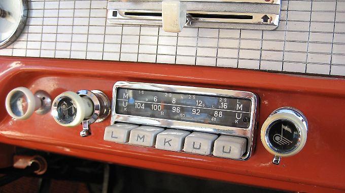 Ein Meilenstein bei den Autoradios stellte das Blaupunkt A53KU aus dem Jahr 1954 dar.