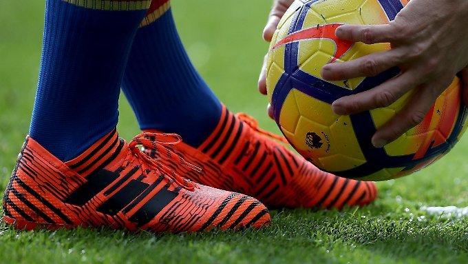 Nicht nur im Sport ist Adidas präsent, auch die Lifestyle-Kollektionen werden immer beliebter.