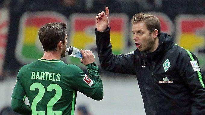 Warten in dieser Saison noch auf Werder Bremens ersten Ligasieg: Fin Bartels und sein neuer Trainer Florian Kohfeldt.