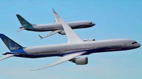 Pirouetten bei Dubai Air Show: Boeing schnappt Airbus Milliardendeals weg