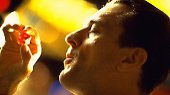 """1995 dreht Scorsese mit """"Casino"""" einen weiteren Film über den brutalen Mafia-Mittelstand. De Niro spielt Sam Rothstein, der ein Kasino in Las Vegas leitet."""