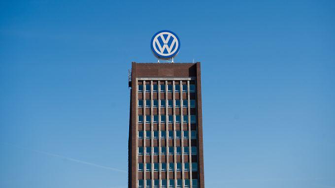 Wegen hoher Betriebsratvergütung: Fahnder durchsuchen VW-Chefetage