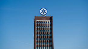 Wegen hoher Betriebsratsvergütung: Fahnder durchsuchen VW-Chefetage