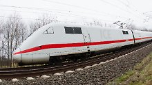Wichtige Fernverkehrsverbindung: Ein ICE der Deutschen Bahn (Archivbild).