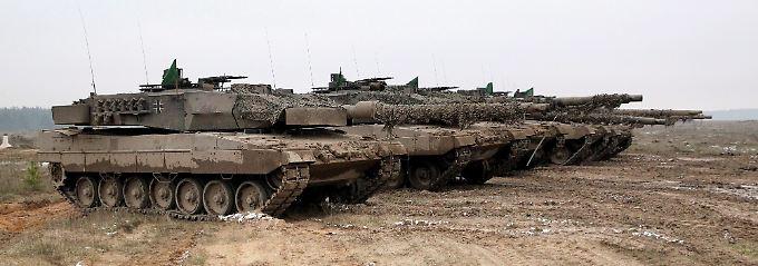 Bedingt einsatzbereit? Kampfpanzer vom Typ Leopard 2 A6.