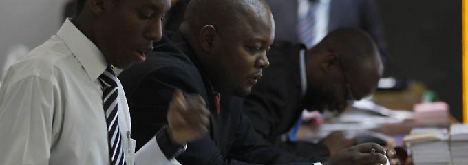 Wo Angst die Kurse hoch treibt: Wie Mugabe Simbabwes Börse boomen lässt