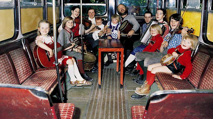 Das waren noch Zeiten - im Bus tourte die Kelly Family einst durch Europa.